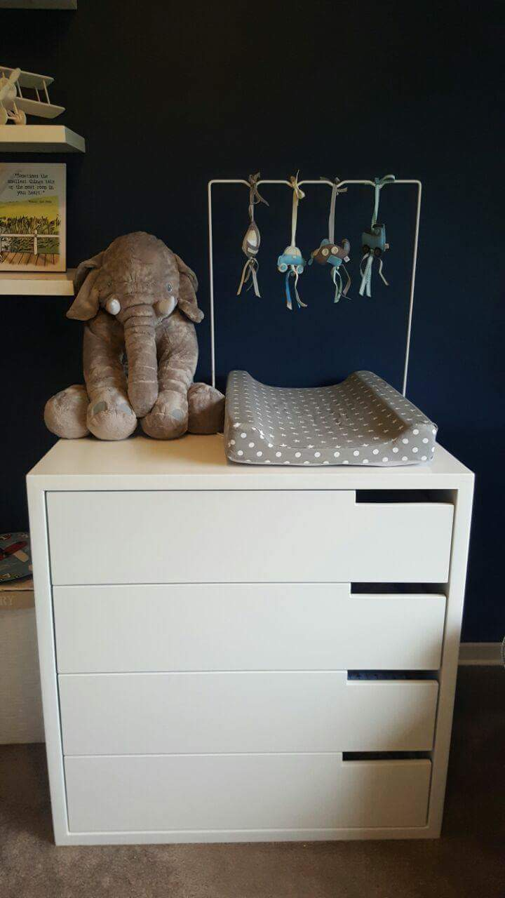 Square Compactum with Various Door Handles
