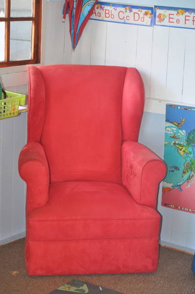 Rcoking chair high back red correct