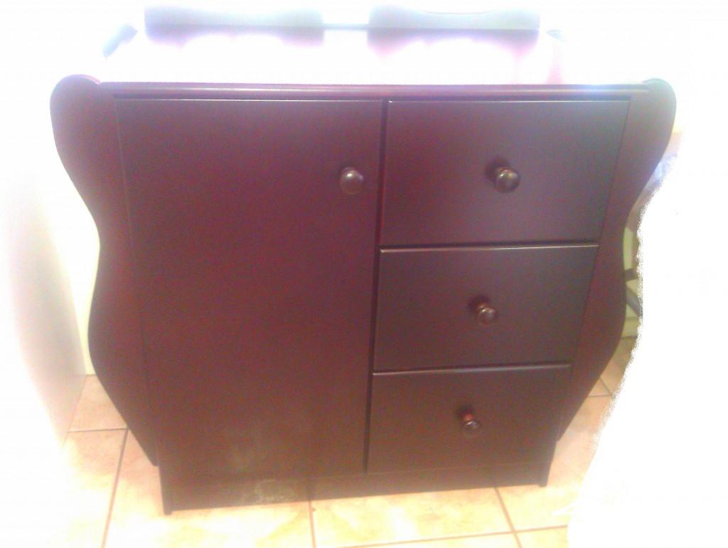 Sleigh Compactum 3 drawer