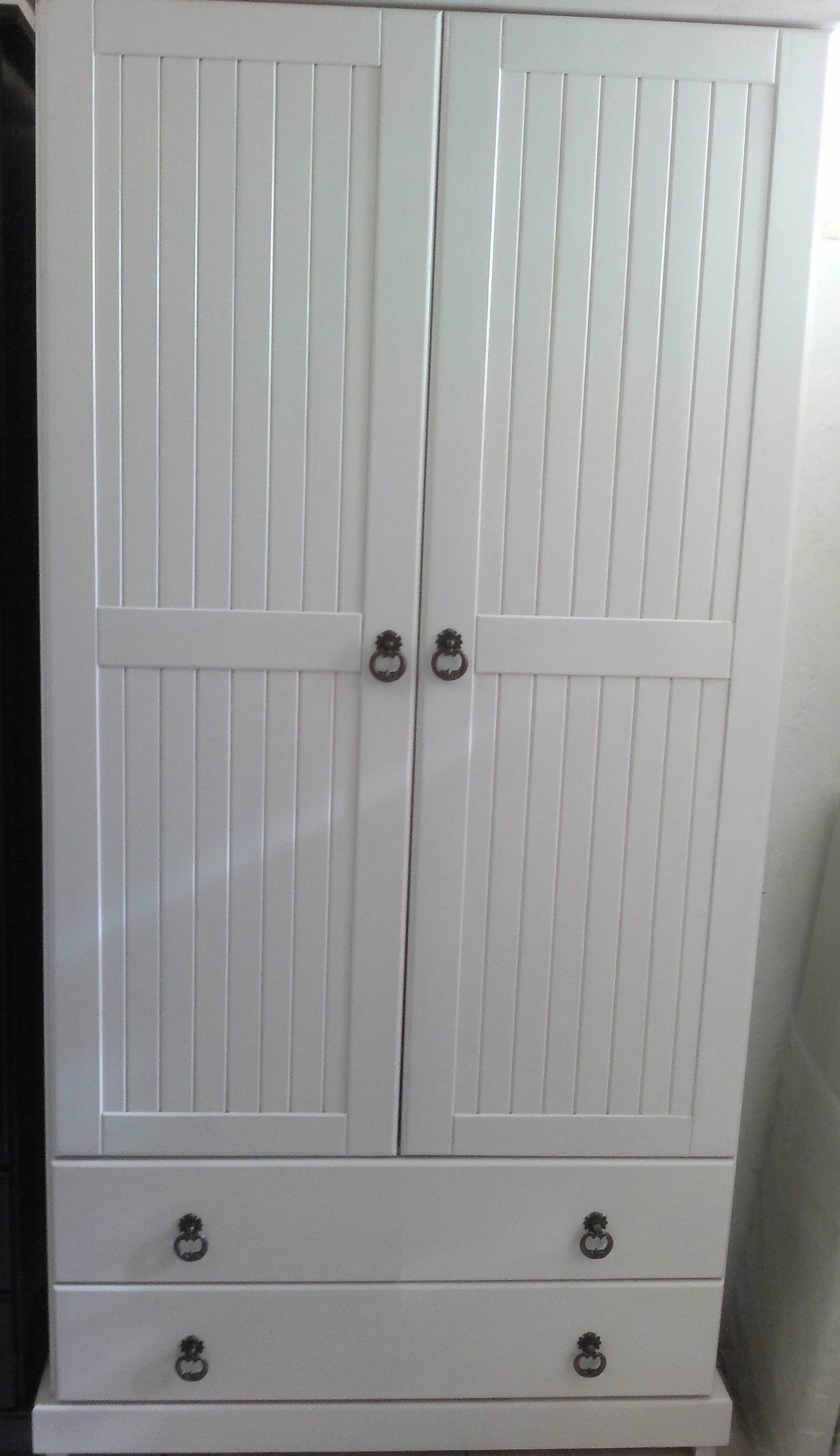 White Cupboard with grove lines