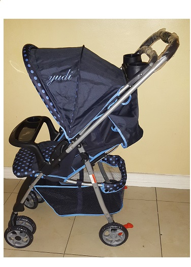 Compact Reversible Polka Dot Blue Pram