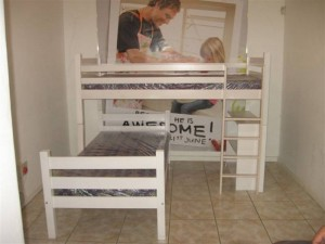 Horizontal Slates L shape Double bunk with bookcase