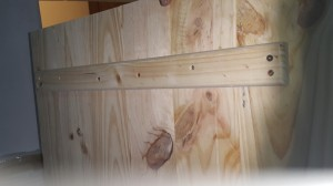 Reinforced Solid Pine Wood Strips For Lateral Support