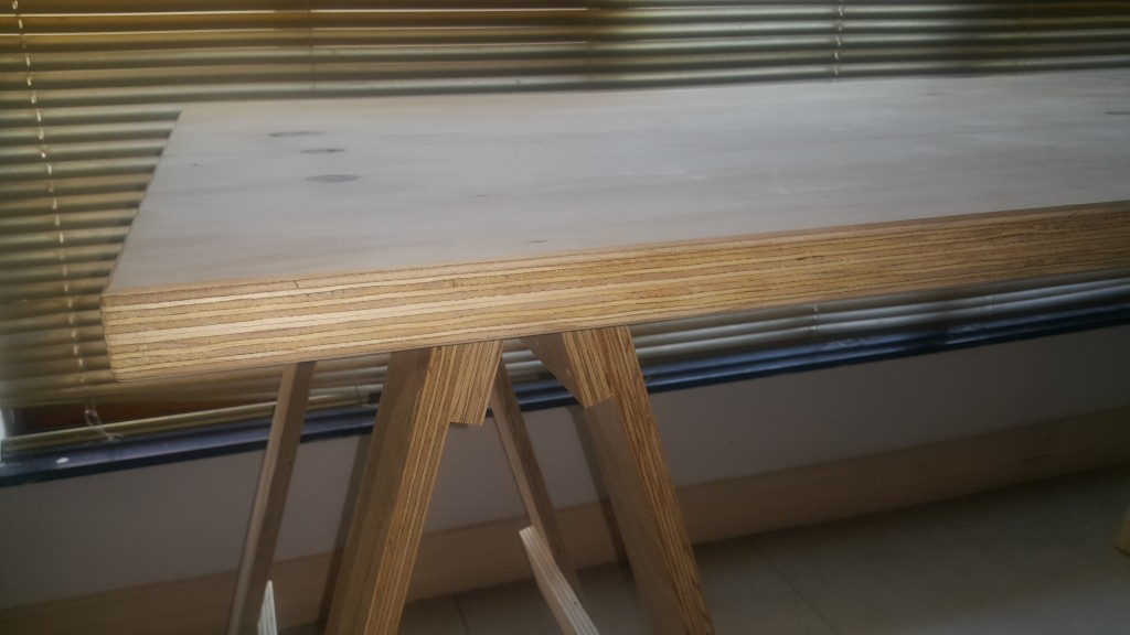 Double Edge 18mm Semi Waterproof Plywood Trestle Tables