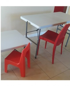 Heavy Duty 1.2 meter Blow Moulded Fold Up Table Table