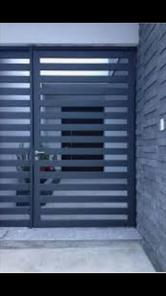 BCS Security Gates and Interlocking Panels