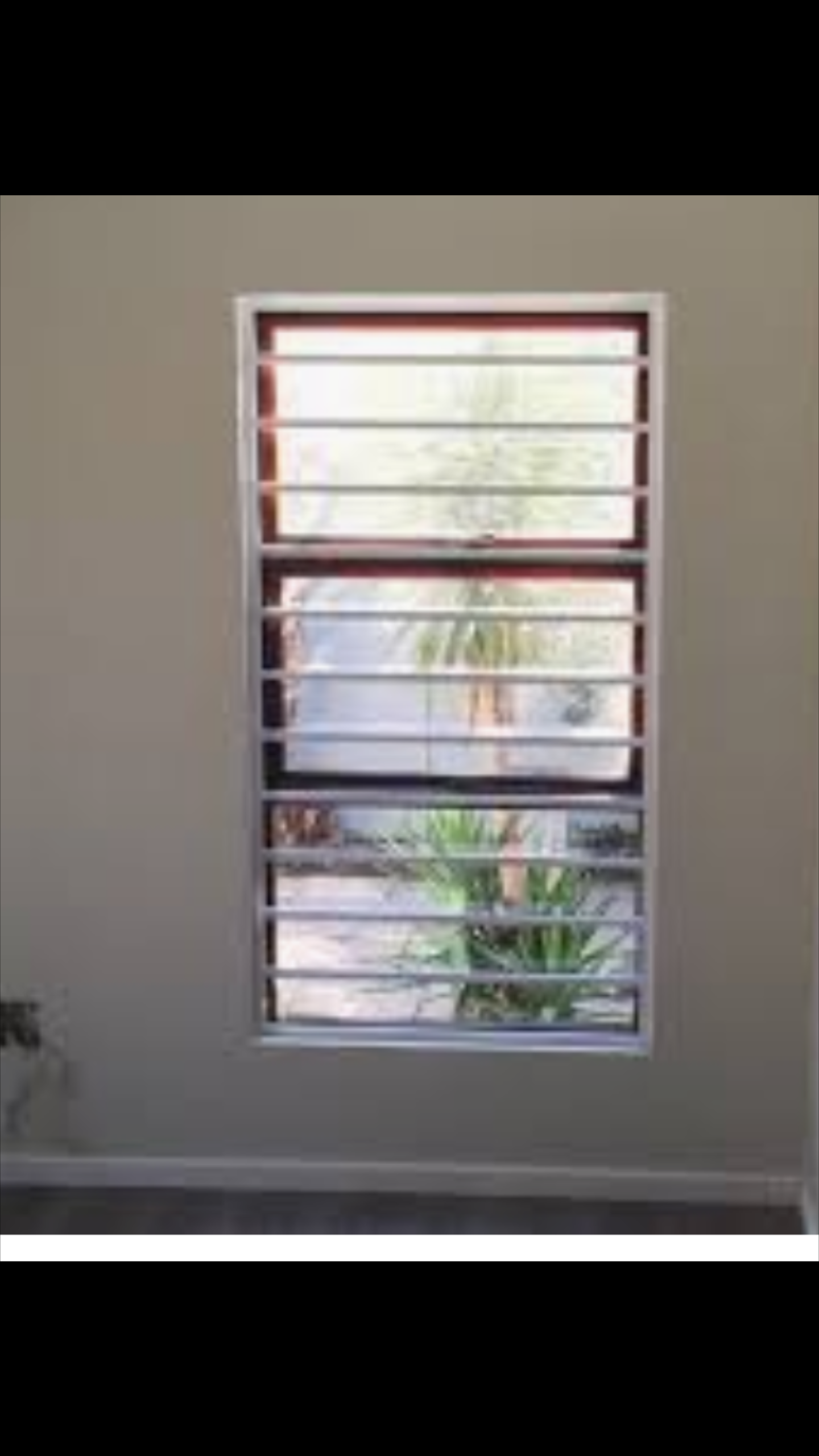 Horizontal Burglar Bars hides neatly behind Horizontal Blinds