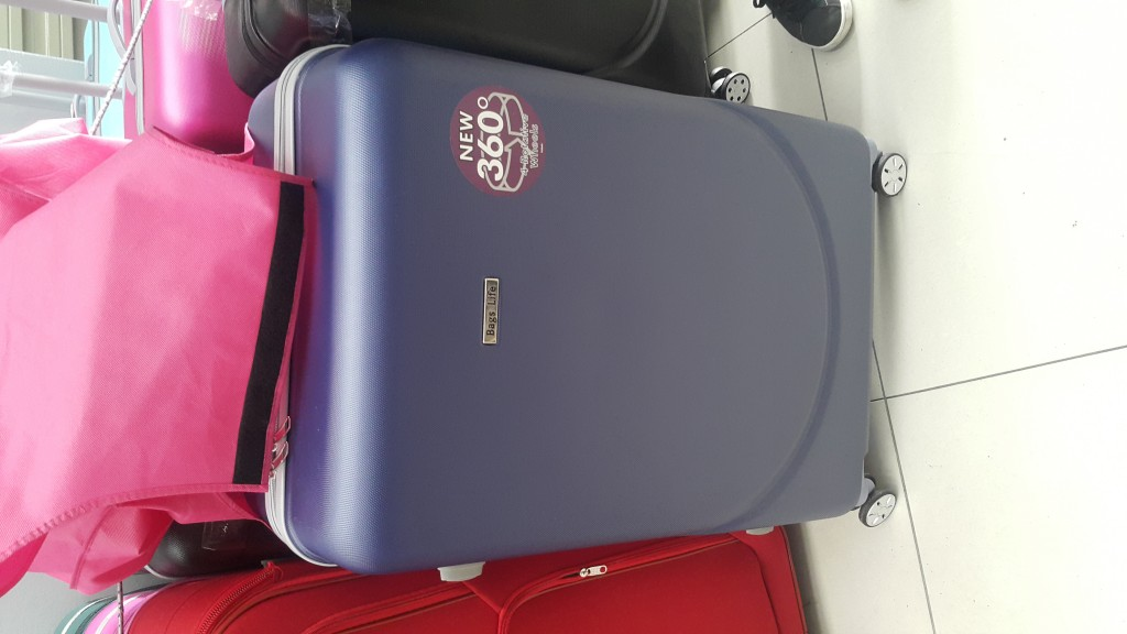 Hard Shell Three Set Trolley Bags with Front and Back Wheels